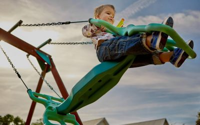 The Benefits Letting Your Child Play in Little People Playgrounds